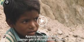 Iene_sfruttamento_bambini_per_mica